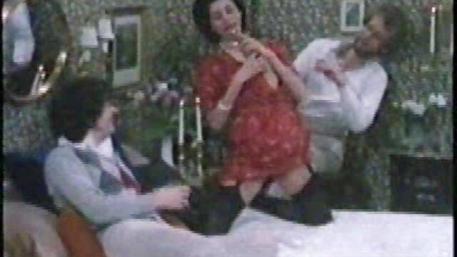 لزبین ها با کندال ، امیلی و برت 3 نتیجه عکس سکسی خوردن کیر