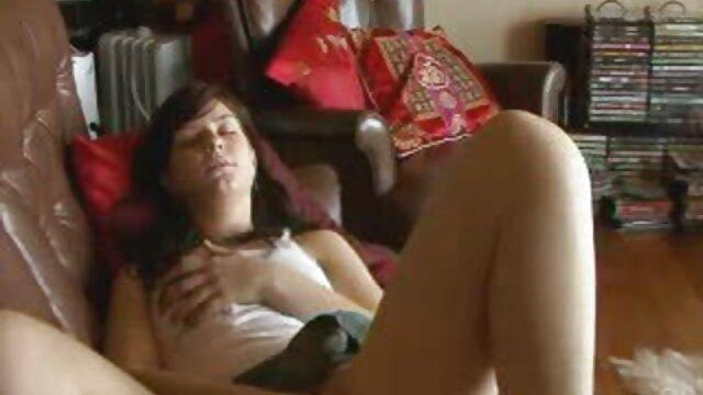 الکسیس یک milf گرم است و مقعد 1 او را تقدیر فیلم سکس معلم خصوصی می کند
