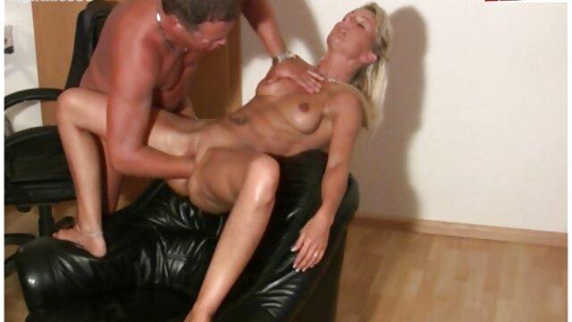 Carla Haug عکس سکسی نیوشا ضیغمی 02 - بدنساز