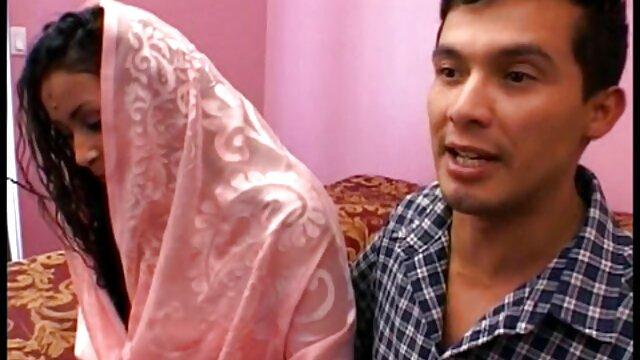 پریا بهشت برای عکسهایسکسی جدید مرد خود رمزگذاری می کند