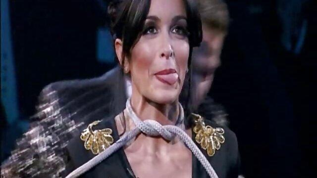 آرا آرژانتین در گيف هاي سكسي پایان به عضو خود پایان داد