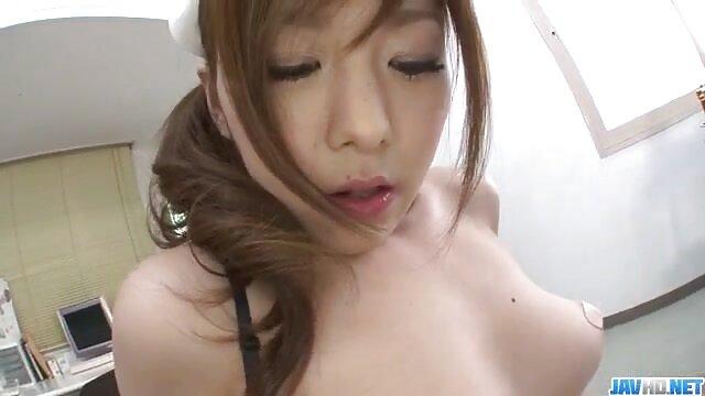 یک سکسی تصویر توروس میخ شده است