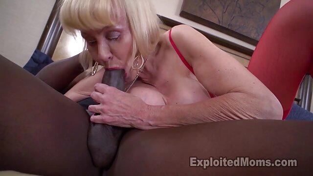 لیزا کراس 04 - بدنساز عکس سینه دختر سکسی