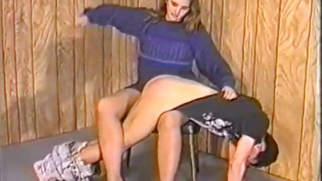 چاق از فیلم سکس التا اوشن تور می افتد