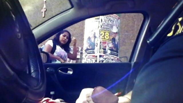 شورت آغشته آغشته به کنار خروس عکس سکسی کارتونی سر می خورد