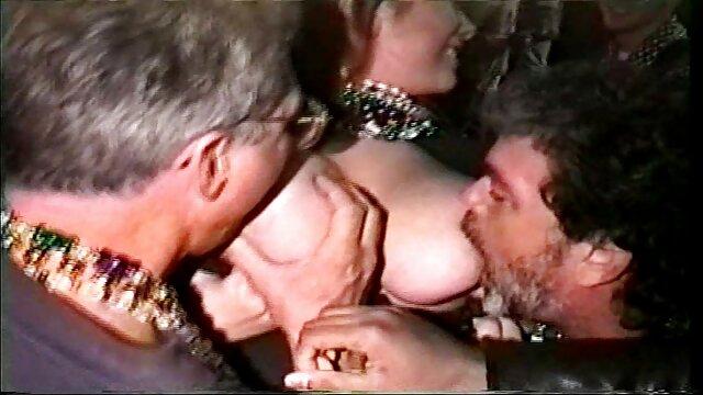 ج عکس سکس جلو عشق تنها. 2. کو 0907