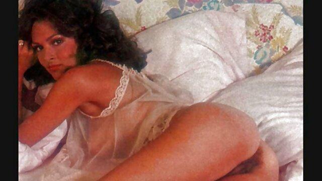 فاحشه بزرگ الاغ کلمبیایی ، پائولا سوار یک خروس بزرگ فیلم سکس خارجی توپ